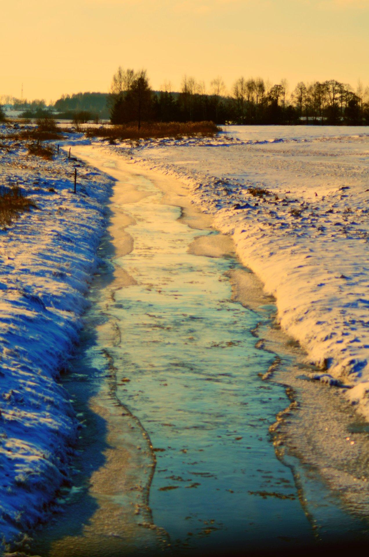 rzeka zima