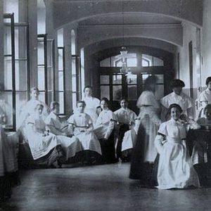 Pałac Branickich był instytutem. Uczyły się tu młode dziewczyny