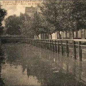 Zanim powstała Aleja Piłsudskiego, to istniała piękna ulica Nadrzeczna