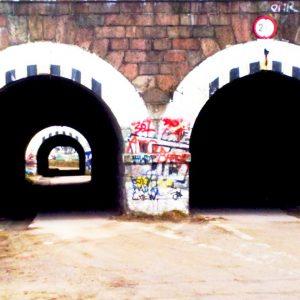 Ten tunel powinien być zabytkiem. Od lat niszczeje chociaż nie musi.