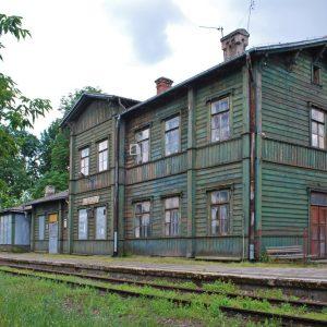 Tutaj można zwiedzać, plażować i uzdrowić. To miasto niedaleko Puszczy Białowieskiej.