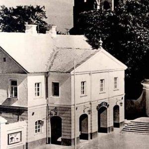 Ten budynek istnieje od 260 lat. Kościół ochronił go przed zniszczeniem.