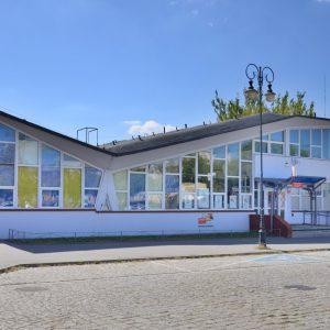 Budynek poczty będzie pod ochroną konserwatora. Relikt PRL czy wartościowa architektura?