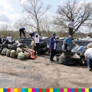 Wędkarze to śmieciarze? Akcja sprzątania Narwi to pokazała.